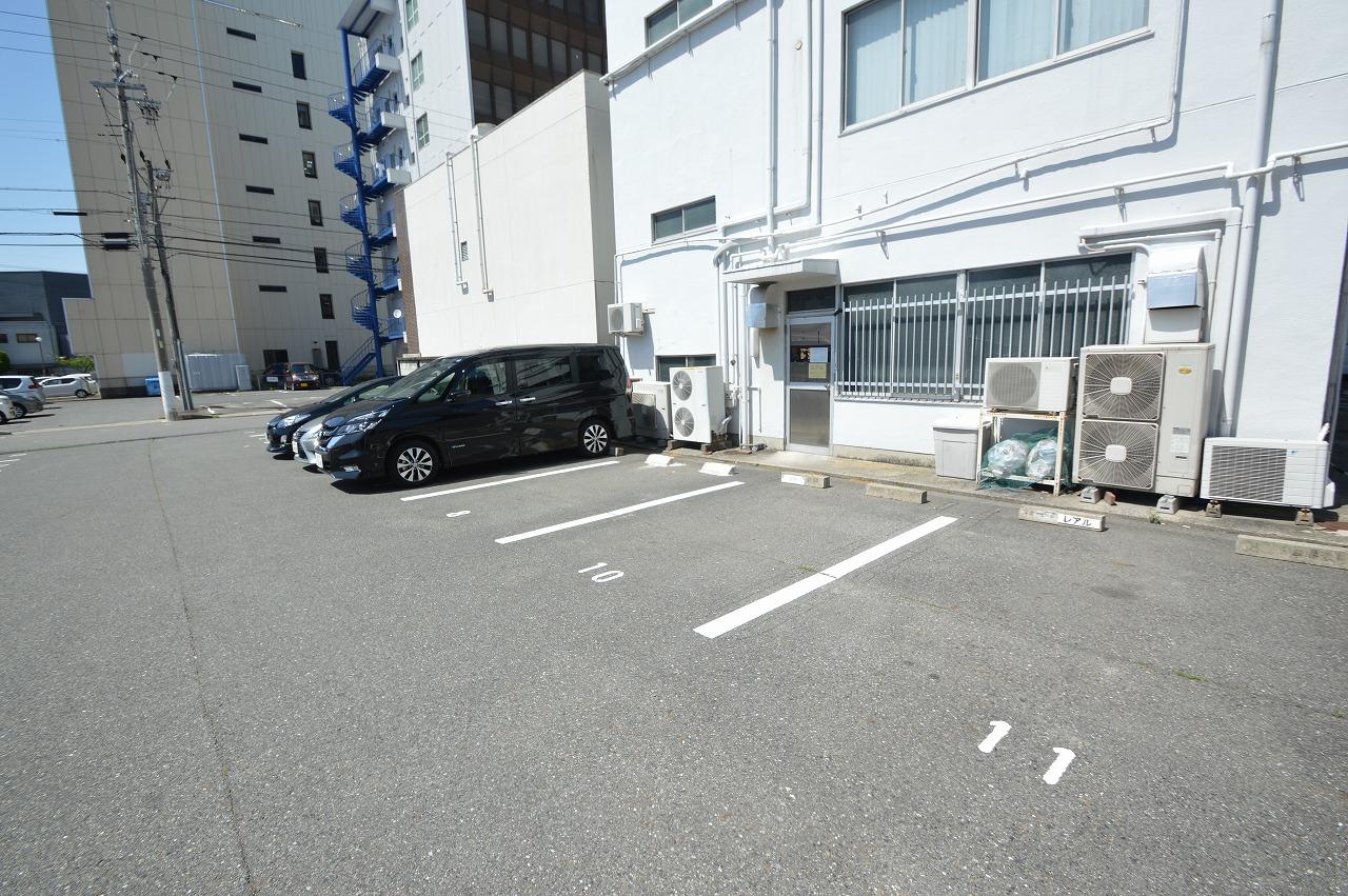 駐車スペースも22台有り!