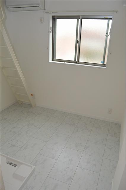 白を基調とした清潔感のある居室!
