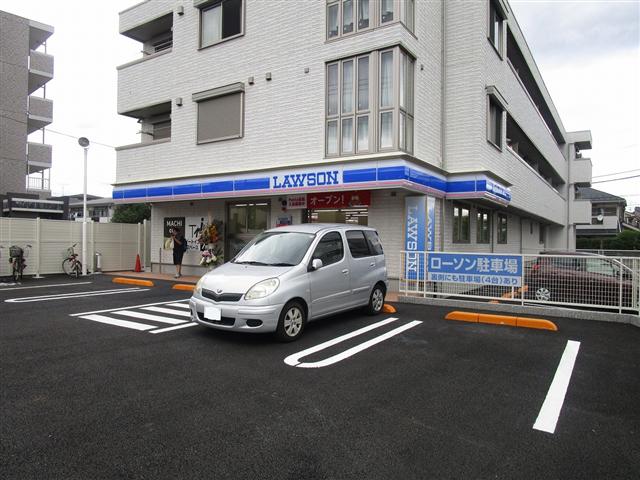 便利なコンビニまで徒歩8分!