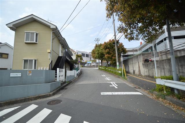 前面道路は幅員約6.31m。