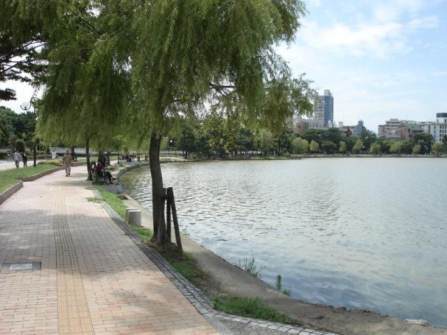 人気の大濠公園まで徒歩でお散歩♪