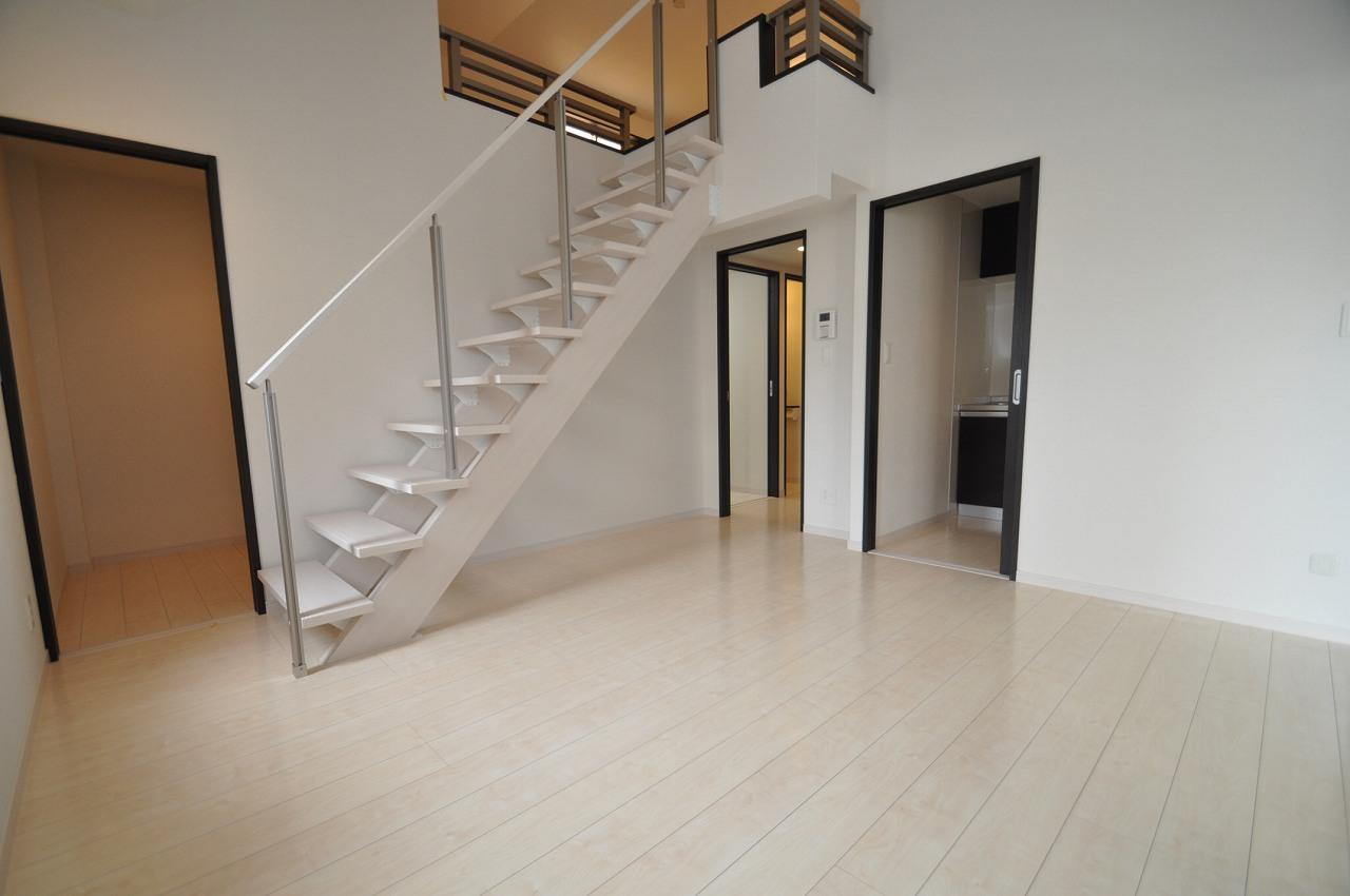 白を基調とした清潔感のある爽やかな室内♪(4F)