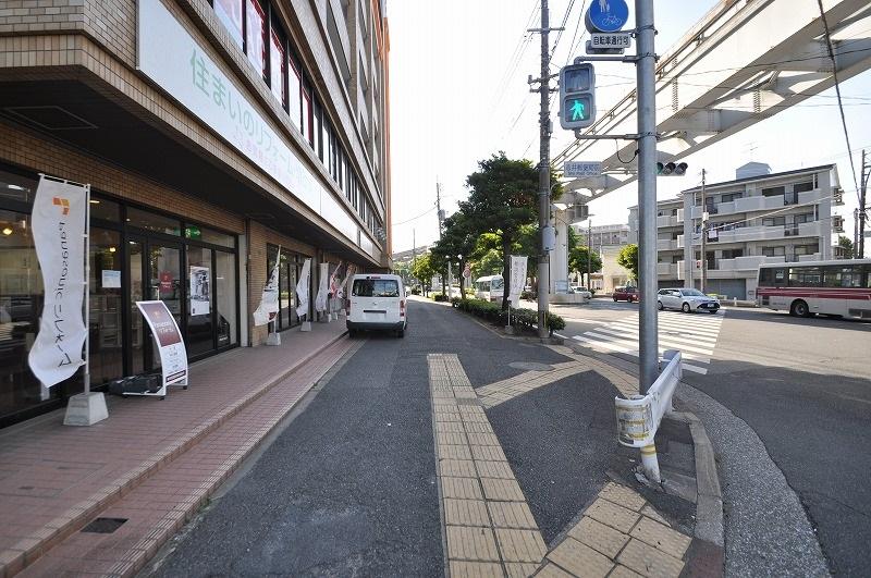 前面道路:幅員約30.2m・約36m接道