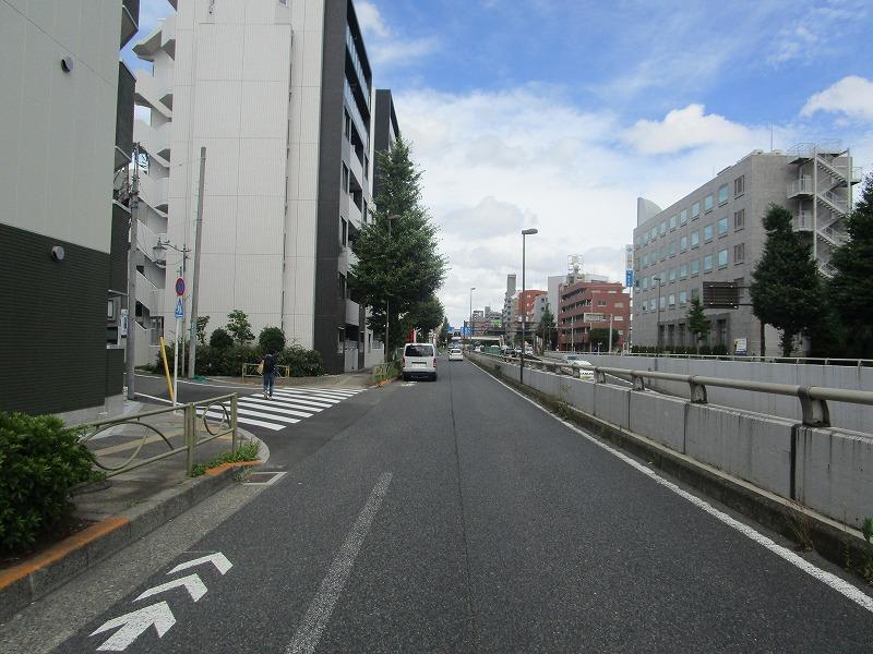 南東側前面道路幅員約37.12m/間口約20.04m