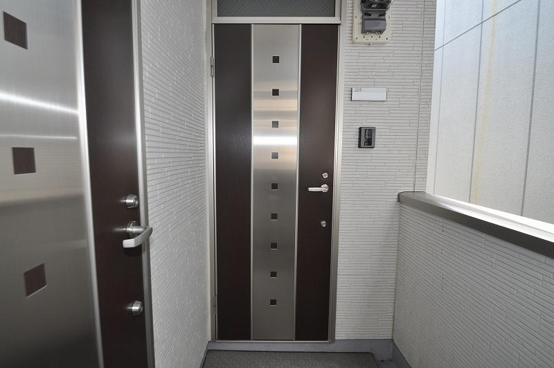 高級感のある玄関ドア☆