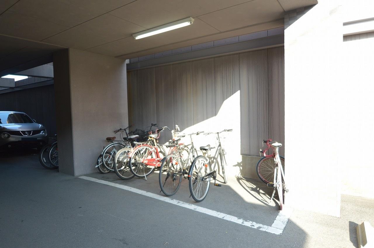 台数にゆとりのある駐輪スペース☆