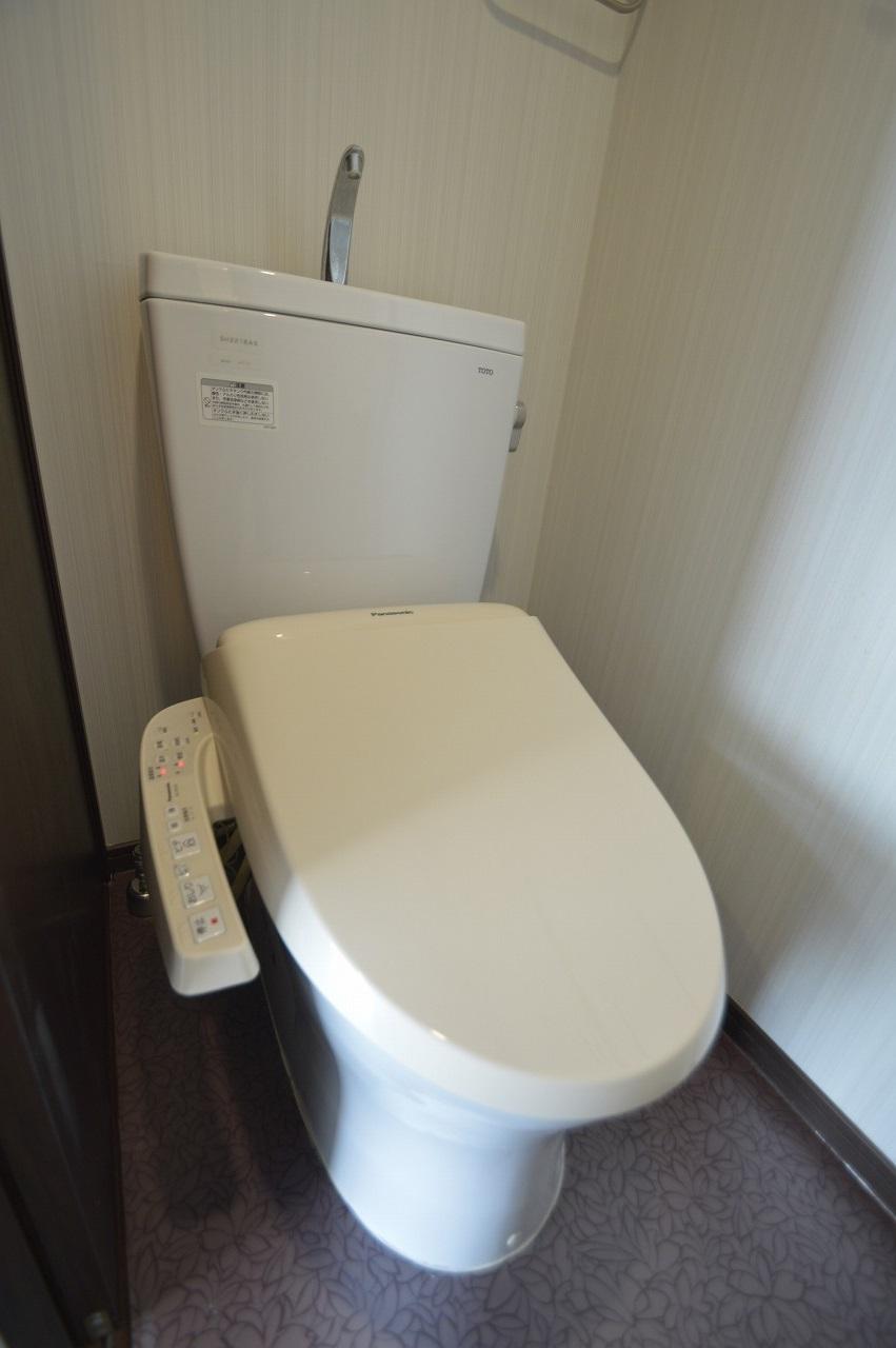 ウォシュレット機能付のトイレ!