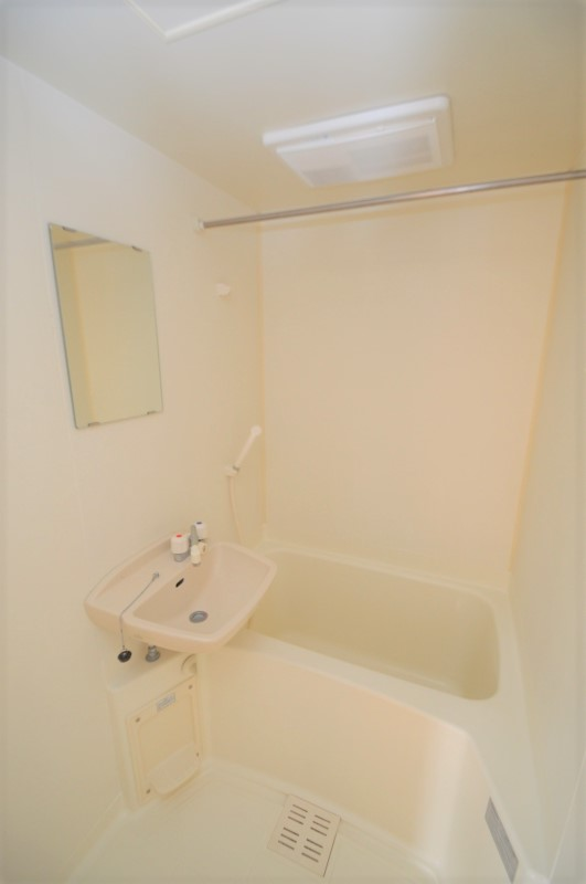 浴室乾燥付きのバスルーム♪