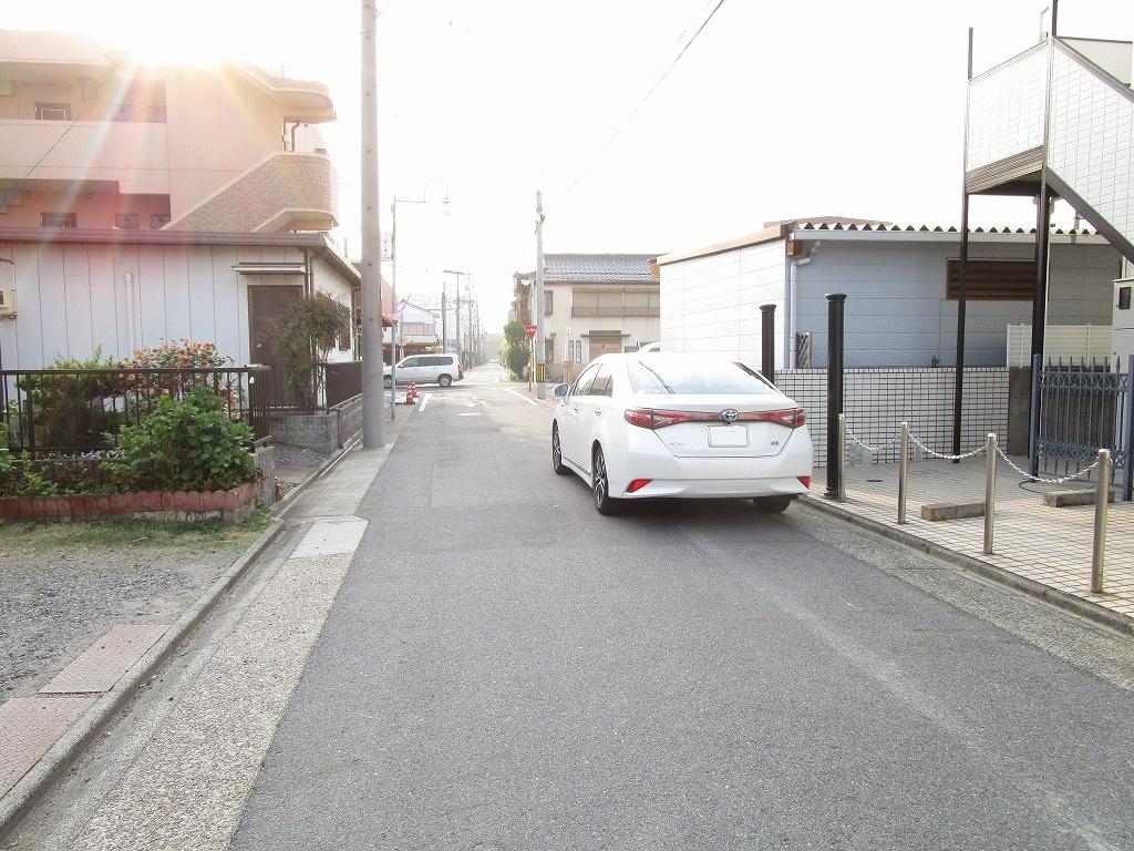 車通りが少なく見通しの良い前面道路♪