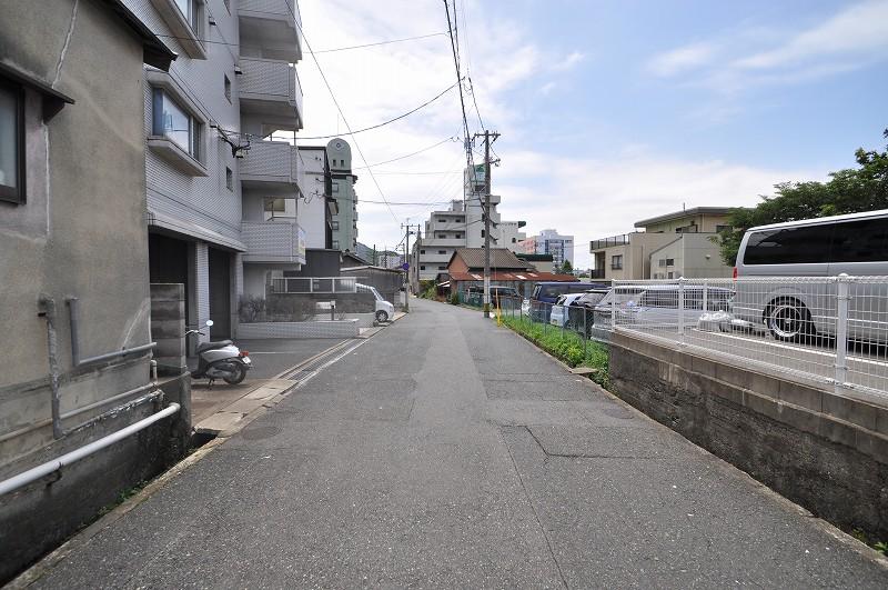 前面道路:幅員約5.64m~5.97m・接面約12.62m